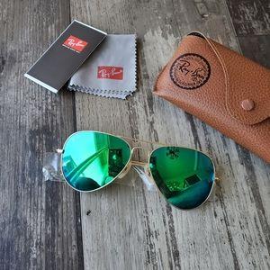 Ray-ban aviator sunglasses NEW